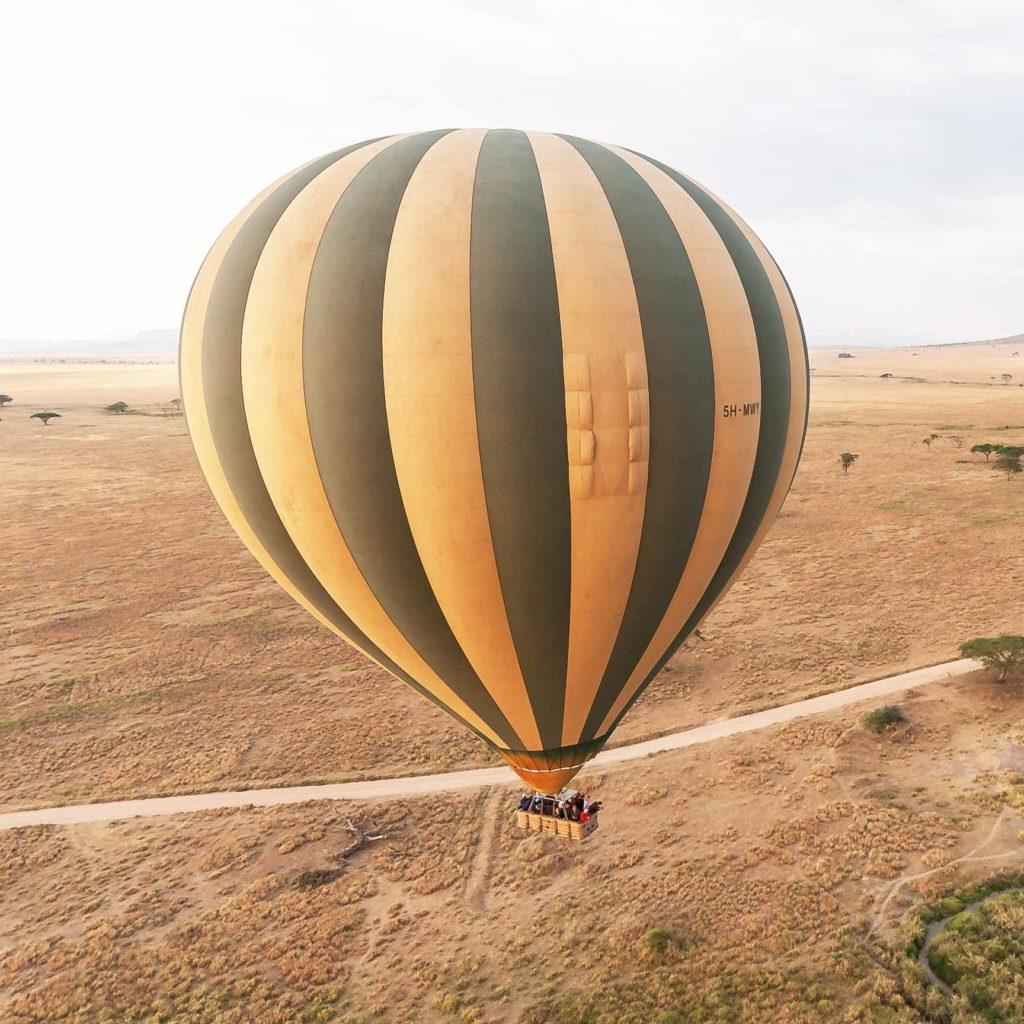 Die Reise mit einem Fesselballon
